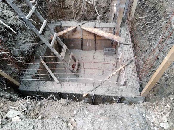 У току израда резервоара за пијаћу воду на локалном водоводу за сеоско насеље Локва