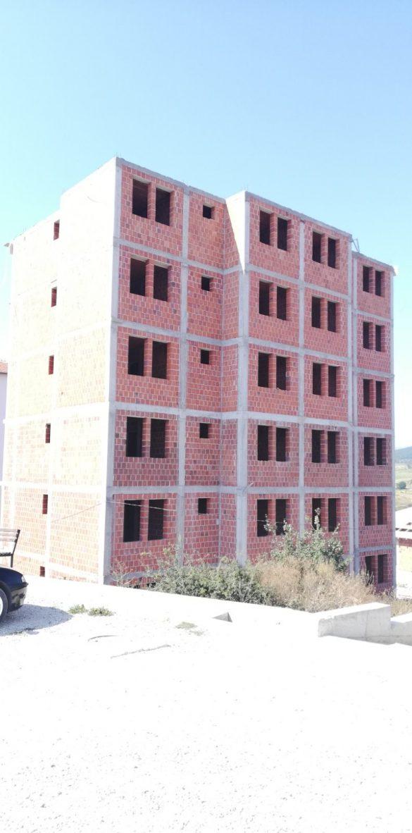 У току изградња стамбене зграде са 12 стамбених јединица на Малом Звечану 2